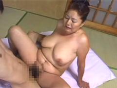 【エロ動画】豊満熟女20人膣内射精ナマ中出し4時間の人妻・熟女エロ画像