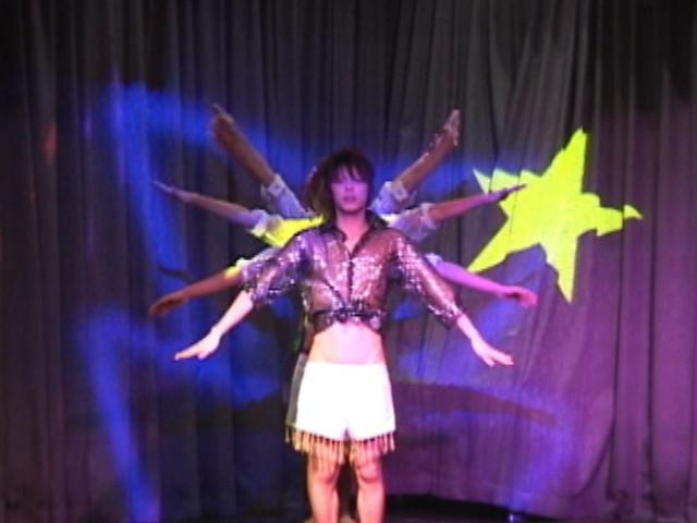 DDE3-1stStage-ストリップダンス&卑猥ゲーム