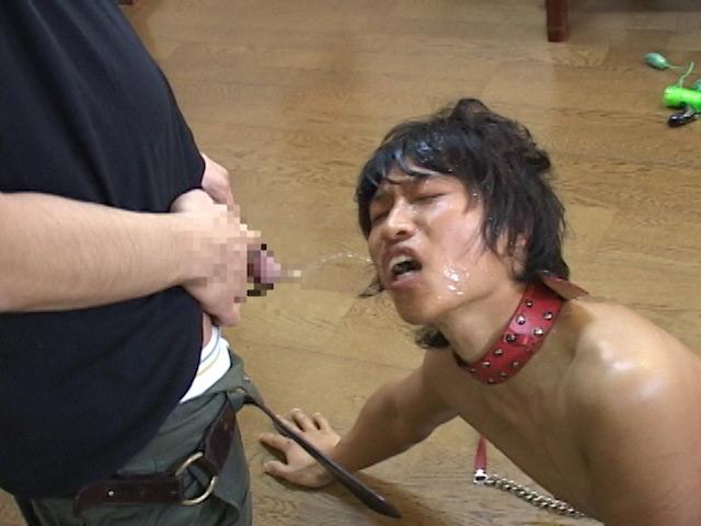 【過激映像】鬼畜過ぎる奴隷調教!崩壊する少年!!