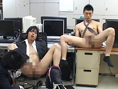 【イケメン ゲイ 射精】時を止めて会社の若い男達を犯す