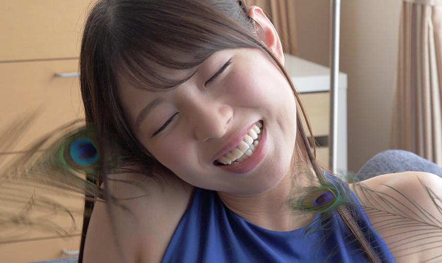激カワ女優あおいれなチャンの腹筋フェチ・羽根くすぐり
