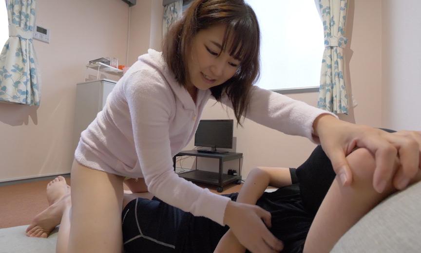人気女優 桃井杏南チャンの電気あんま・くすぐり攻め!
