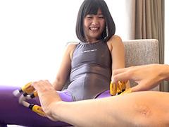 くすぐり:須崎美羽チャンの指フェラ&タイツくすぐりの刑!!!