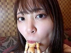 フェチ:加賀美さらチャンの巨大女で唾たっぷり舐めプレイ!