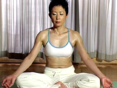 【エロ動画】現役ヨガインストラクター 魚住紗江 41歳のエロ画像
