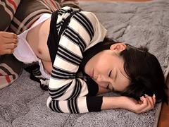 大崎美佳:兄貴の彼女とバレないようにやっちゃった俺