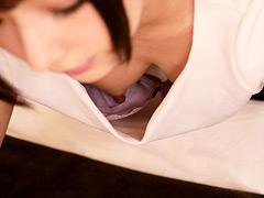 【エロ動画】マッサージ師の胸チラで股間が反応してしまった俺9のエロ画像