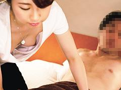 【エロ動画】マッサージ師の胸チラで股間が反応してしまった俺10のエロ画像