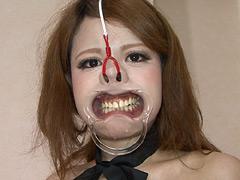【エロ動画】素人メイド変態鼻責め奴隷計画 生意気女VS店長のエロ画像