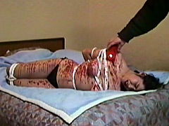 奴隷和服妻 鞭打ち・火炙り・十文字針