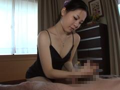 【エロ動画】人妻が自宅で始めた回春エステのエロ画像