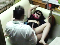 押収された万引き女への制裁記録4時間