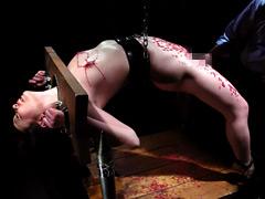 【エロ動画】地下牢の倒錯魔13 北谷静香のエロ画像