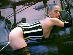 【エロ動画】マシーンセックス ベルリン発の鋼鉄マイスター VOL.3のエロ画像