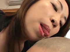 【エロ動画】ベロ舐め貴女 秋山礼子のエロ画像