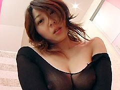 [露出動画]くねる女と密着ホテルデート 涼子32才-画像1