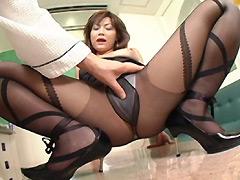 【エロ動画】くねる女と密着ホテルデート ゆうか22才のエロ画像