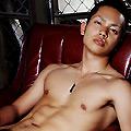 青年と裸体/naked wonder land