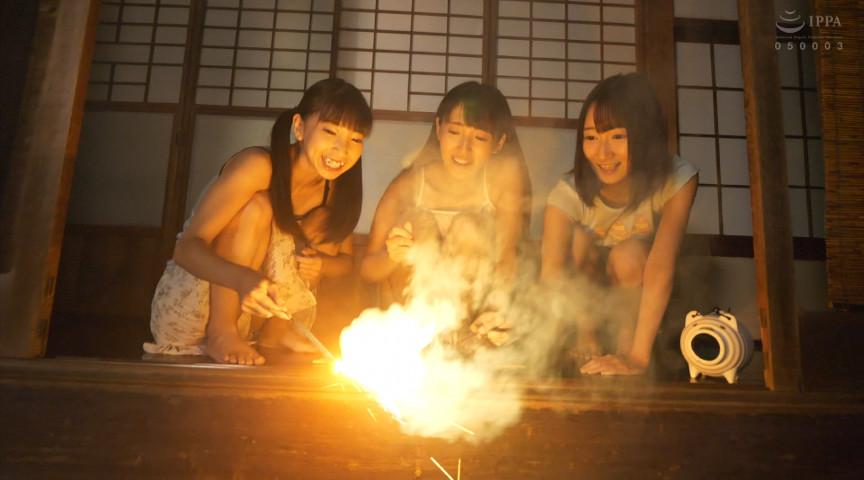 エロ動画7 | 日焼け●学生三姉妹の夏休み 令和二年の夏サムネイム08