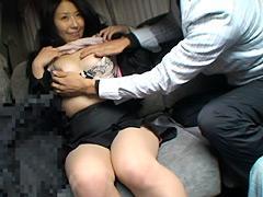 【エロ動画】おひとり様女性に急接近!! 4時間のエロ画像