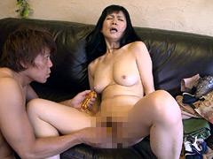 【エロ動画】初撮りしろーと妻 淫らな濃厚エロ年増2のエロ画像