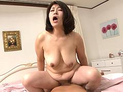 【エロ動画】濃厚熟女野獣ファック 絶叫悶絶妻 4時間のエロ画像