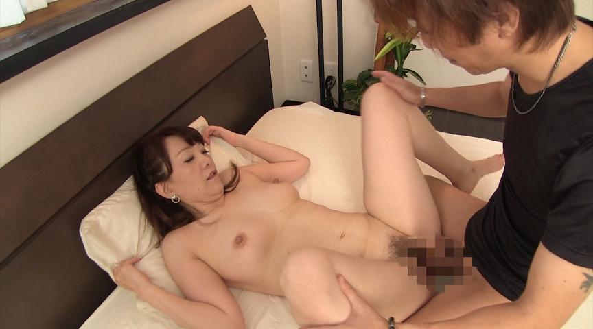 奇跡の還暦熟女 阿久津小枝 62歳