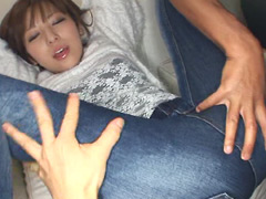 【エロ動画】デニムの似合う可愛い素人娘03のエロ画像