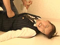 【エロ動画】OL・幼な妻腹パンチW調教のエロ画像