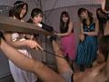 集団女子 小便地獄 4