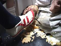 クラッシュ:女子校生のくっさい上履き&上履きフードクラッシュ