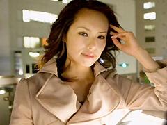 【エロ動画】美妻・ゴージャスセレブと出会う簡単な方法大公開!!のエロ画像