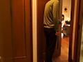 招かれた知人宅で高○生の娘さんの着替え中に鉢合わせ! 13