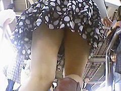 東京パンチラ娘09