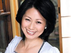 【エロ動画】近親相姦中出し親子 岡江久美のエロ画像