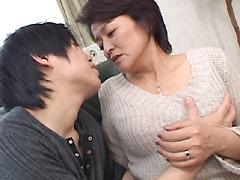 【エロ動画】中出し手ほどき母子姦通 手塚美智子のエロ画像