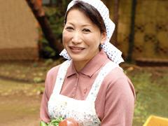 【エロ動画】農家の夫人 彩月かおるのエロ画像