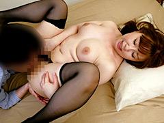 彼女の母親が中出しで彼氏を誘惑しはじめた 影井美和