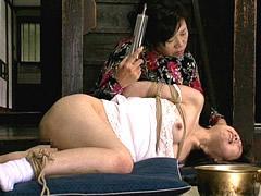 醜い熟女に飼われる家畜少女 後藤亜美 若瀬まどか