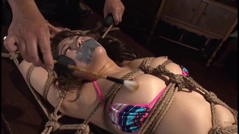 ギチギチ緊縛 猿轡を噛まされうめき声をあげる女達2