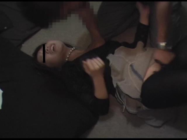 バイト仲間の飲み会で酔っ払ってヤッちゃいました の画像5