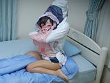 抱き枕に女子が入っているなんてありえない 隠しカメラ