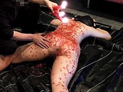 【エロ動画】アナルママ 叩いて蝋責めのエロ画像