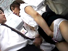 【エロ動画】女性専用車両で吐息がかかるほど密着したらヤられた1のエロ画像