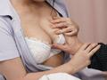 素人・AV人気企画・女子校生・ギャル サンプル動画:巨乳を見せつけて好きな患者を誘惑する内気ナース1