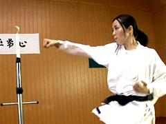 【エロ動画】世界2位!!トルネードファイター 格闘家 イ・ミョンシルのエロ画像