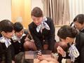素人・AV人気企画・女子校生・ギャル サンプル動画:童貞のおじさんと人生初の王様ゲームしてみませんか?