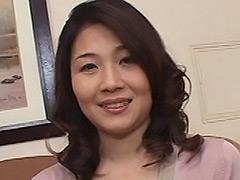【エロ動画】桜田門外の変態熟女のエロ画像
