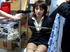 【エロ動画】有希奈、襲われた女のSM凌辱エロ画像