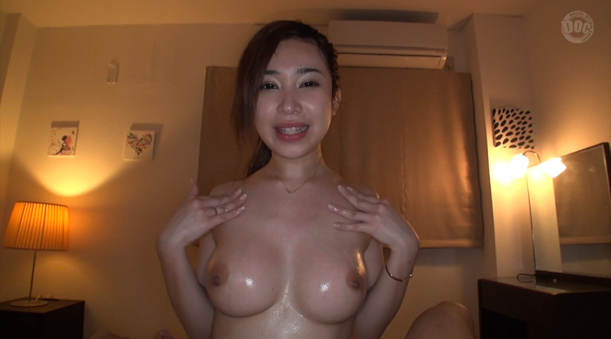 レイヤー【配信専用】柔らか巨乳おっぱい濃厚美女パイズリ!